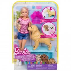 Кукла и собака с новорождёнными щенками Barbie FBN17