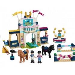 Конструктор Стефани на скачках Lego Friends 41367