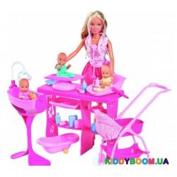 Кукольный набор Штеффи Замечательная опека, с тремя малышами и аксессуарами Steffi & Evi 5733212