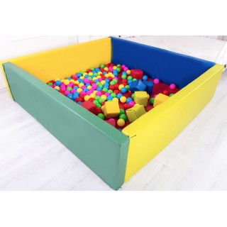 Сухой бассейн с матом 200 х 200 х 40 см Tia-sport sm-0205