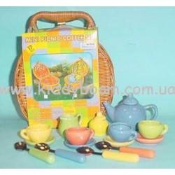 Чайный цветной набор в плет.корз с футляр. 17 ед