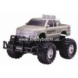 Модель машины на радиоуправлении 1:18 Chevrolet Silverado